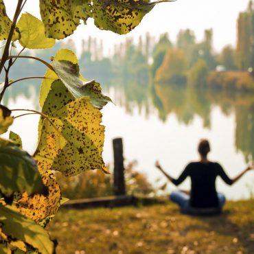 joga, jeseň, ajurvéda
