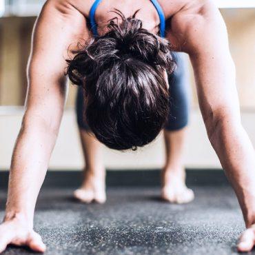 Bolesť zápästia pri cvičení jogy, tvoja joga