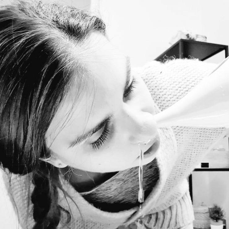Džala néti: čistenie nosovej dutiny vodou