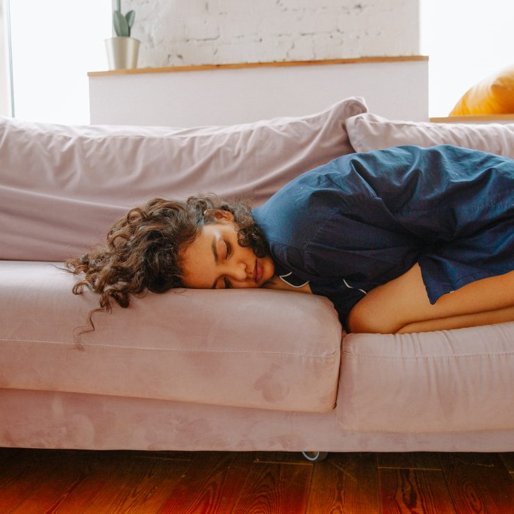 Jóga proti bolesti a PMS